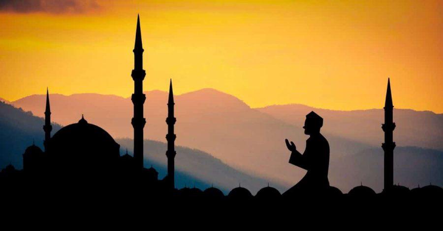 Muslim praying on Jumu'ah (Friday)